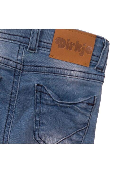 Baby Jeans mit Taschen + Marken-Patch in Lederoptik - Jeanshose für Jungen 5-Pocket blau - Babyjeans aus Baumwolle von Dirkje – Detailansicht