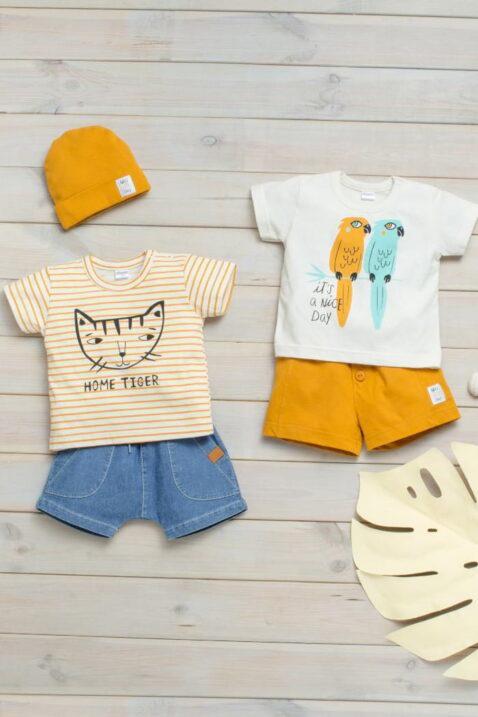 Jeans blaue & senfgelbe Baby Shorts kurze Hose mit Taschen - Gestreiftes Baby T-Shirt mit Katze orange - Kinder Babyshirt mit Papagei weiß von Pinokio - Inspiration Sommer-Outfit