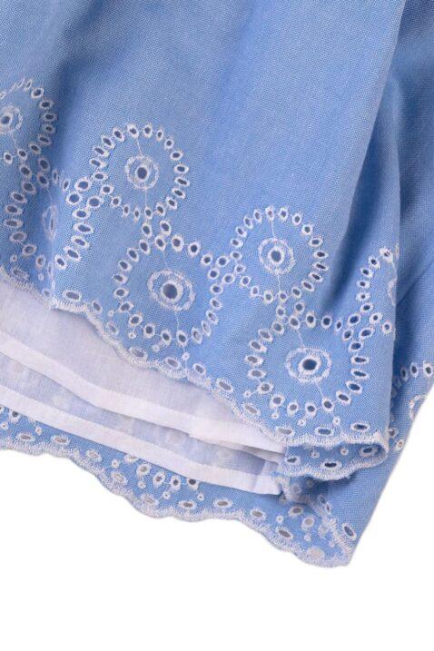 Blaues ärmelloses knielanges Baby Kinder Kleidchen mit weißen Stickereien, Troddeln Quasten, Träger mit Rüschen, Smokeinsatz am Rücken aus 100% Baumwolle für Mädchen Sommer von Minoti - Detailansicht