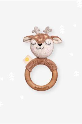 Knit A Buddy brauner Baby Holz Beißring Greifling mit Rassel Reh Rehkitz Strick aus OEKO TEX Bio Baumwolle Babyspielzeug für Neugeborene & Babys – Vorderansicht Rassel