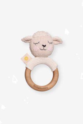 Knit A Buddy Baby Holz Tier Beißring Greifling mit Rassel Lamm Strick weiß aus OEKO TEX Bio Baumwolle Organic Cotton Babyspielzeug für Neugeborene & Babys – Vorderansicht Rassel