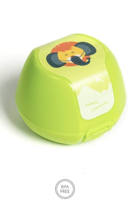 Grüne Kinder Baby Apfeldose mit Löwe Animal Tier Frühstücksbox für Jungen & Mädchen - Klickverschluss, BPA frei & spülmaschinengeeignet Geschenbox 3er Set von AMUSE - Vorderansicht Apfelbox Obstbox