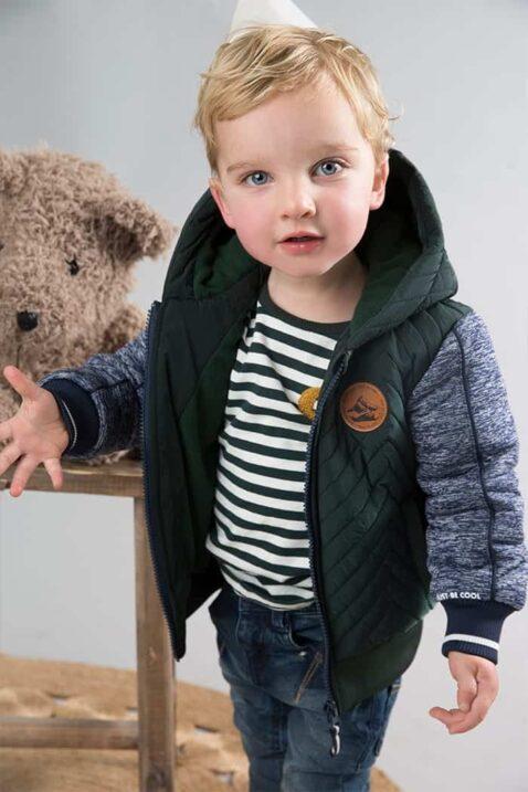 Junge Winter Baby Jungenjacke mit Kapuze, Taschen & gestreiften Bündchen zweifarbig grün grau - Gestreiftes Langarmshirt & Denim Jeans von Dirkje - Babyfoto Kinderfoto