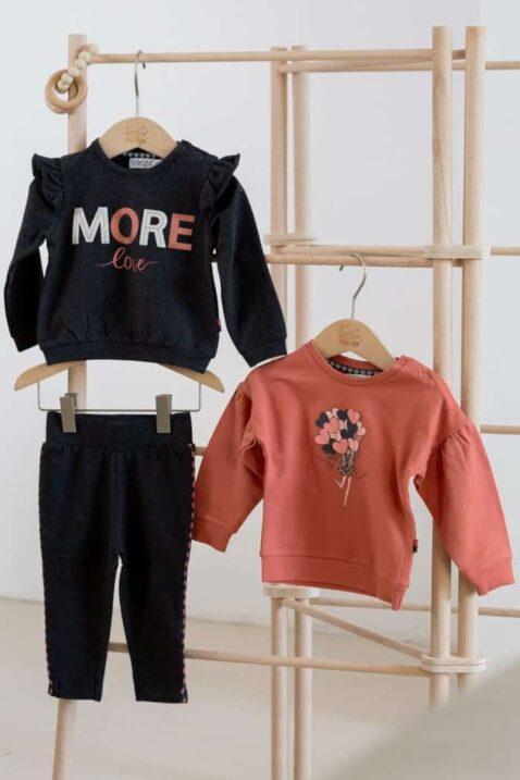 Baby Mädchen Pullover in Altrosa Baby Sweatshirt mit Herzen Rundhalsausschnit - Sweatpullover in Dunkelblau More Love mit breiten Bündchen & Sweathose navy von DIRKJE - Inspiration Lookbook