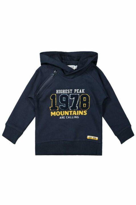 Baby Hoodie in Dunkelblau Kinder Pullover im College-Look mit Applikation & Schriftzug Mountains are Calling für Jungen – Kapuzenpulli von DIRKJE - Vorderansicht