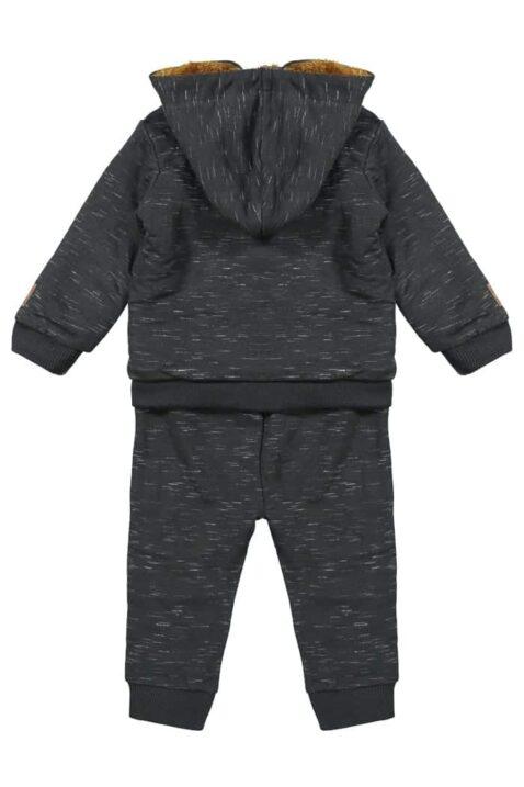 Baby Set dreiteilig für Jungen in Dunkelgrau melange mit braun gefütterter Babyjacke Sweatjacke mit Kapuze für den Winter - Sweatshirt mit Druck - Babyhose mit Seitenstreifen von DIRKJE - Rückansicht